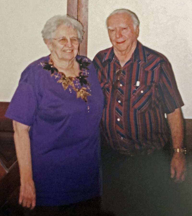Cliff and June Hanlen 800x900